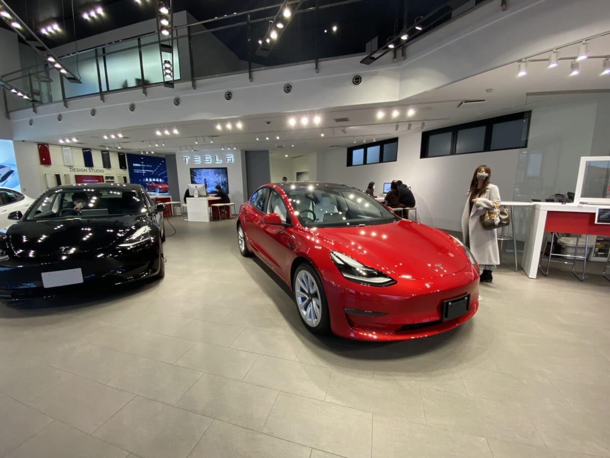 新車のテスラが300万円台で買える!・・って知ってますか?